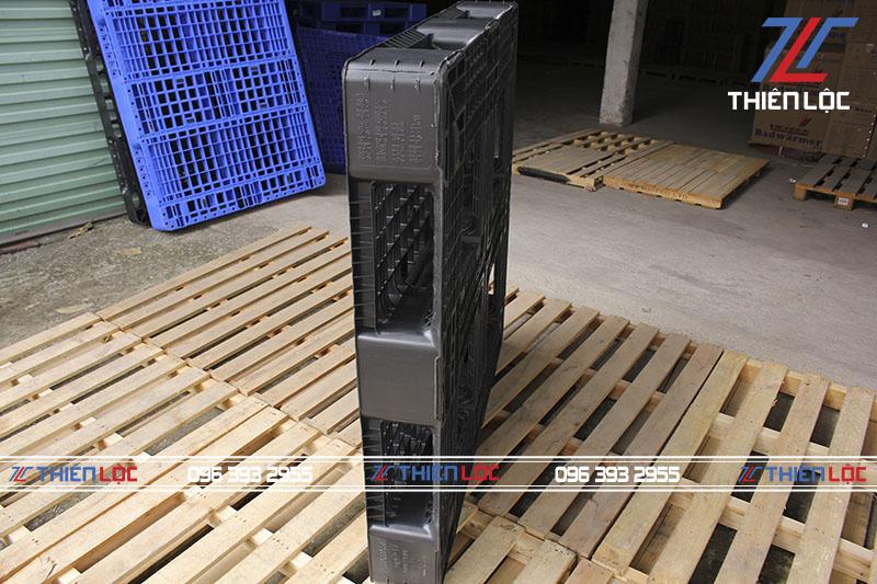 Pallet nhựa Hàn Quốc Black 1100x1100x150