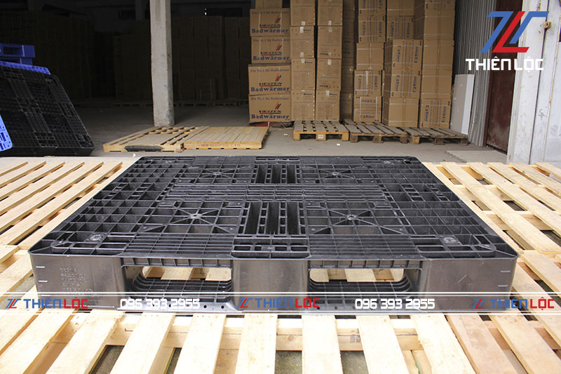 Pallet nhựa Hàn Quốc black 1200x1000x150