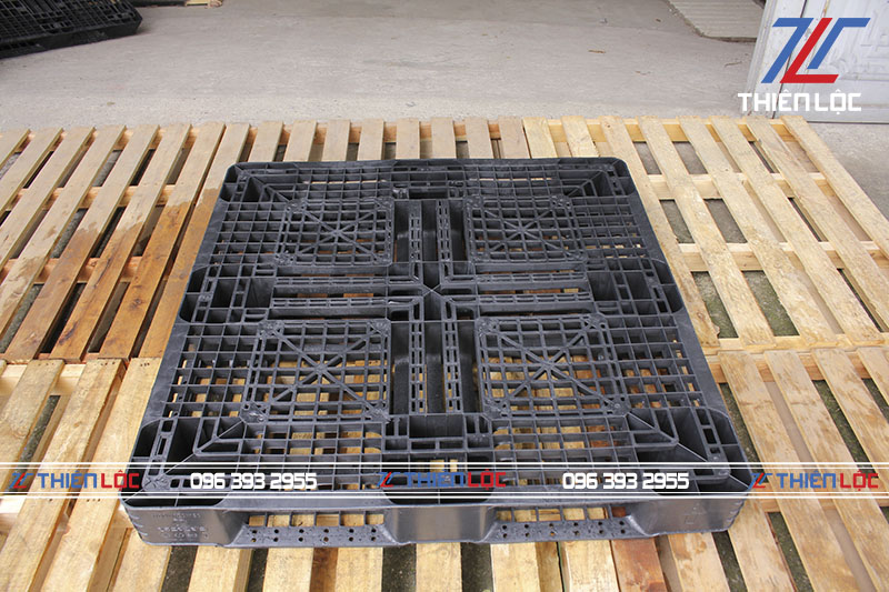 Pallet nhựa Hàn Quốc black 1100x1100x130
