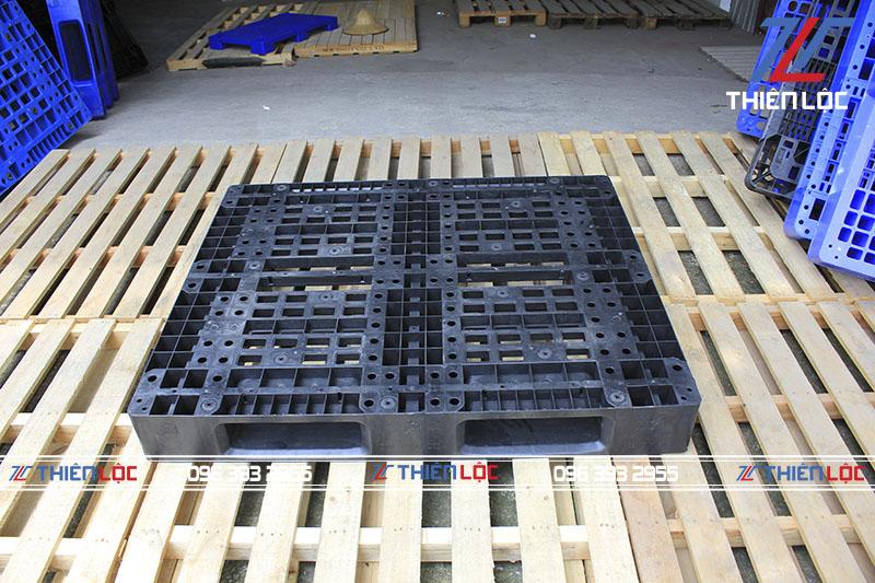 Pallet nhựa MPL11 Black 1200x1000x150