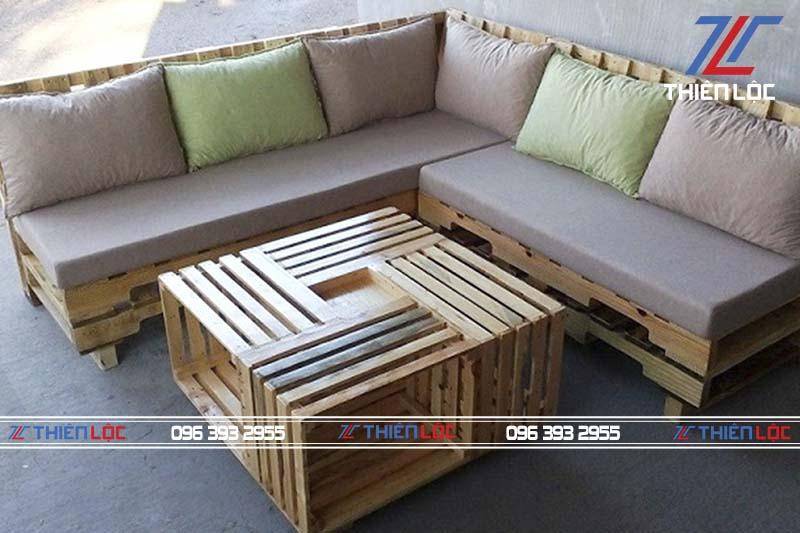 ứng dụng pallet gỗ làm bàn ghế